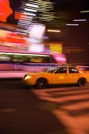 miasto grod town nowy samochod automobil