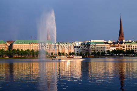 lato letni wieczor reflection zloty fontane