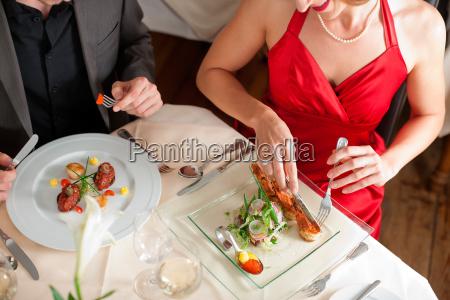 kobieta womane baba restauracja knajpa jedzenie