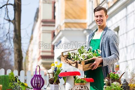 kwiaciarnia z dostawa roslin