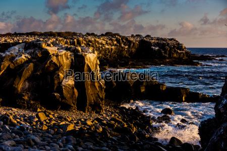 cliffs of espanyolawyspy galapagoswpisanego na liste