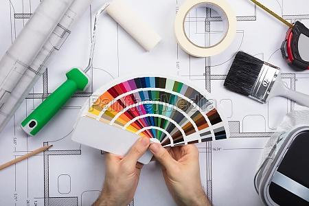 malarz anstreicher architekt posiadajacych gospodarstwo dostarcza